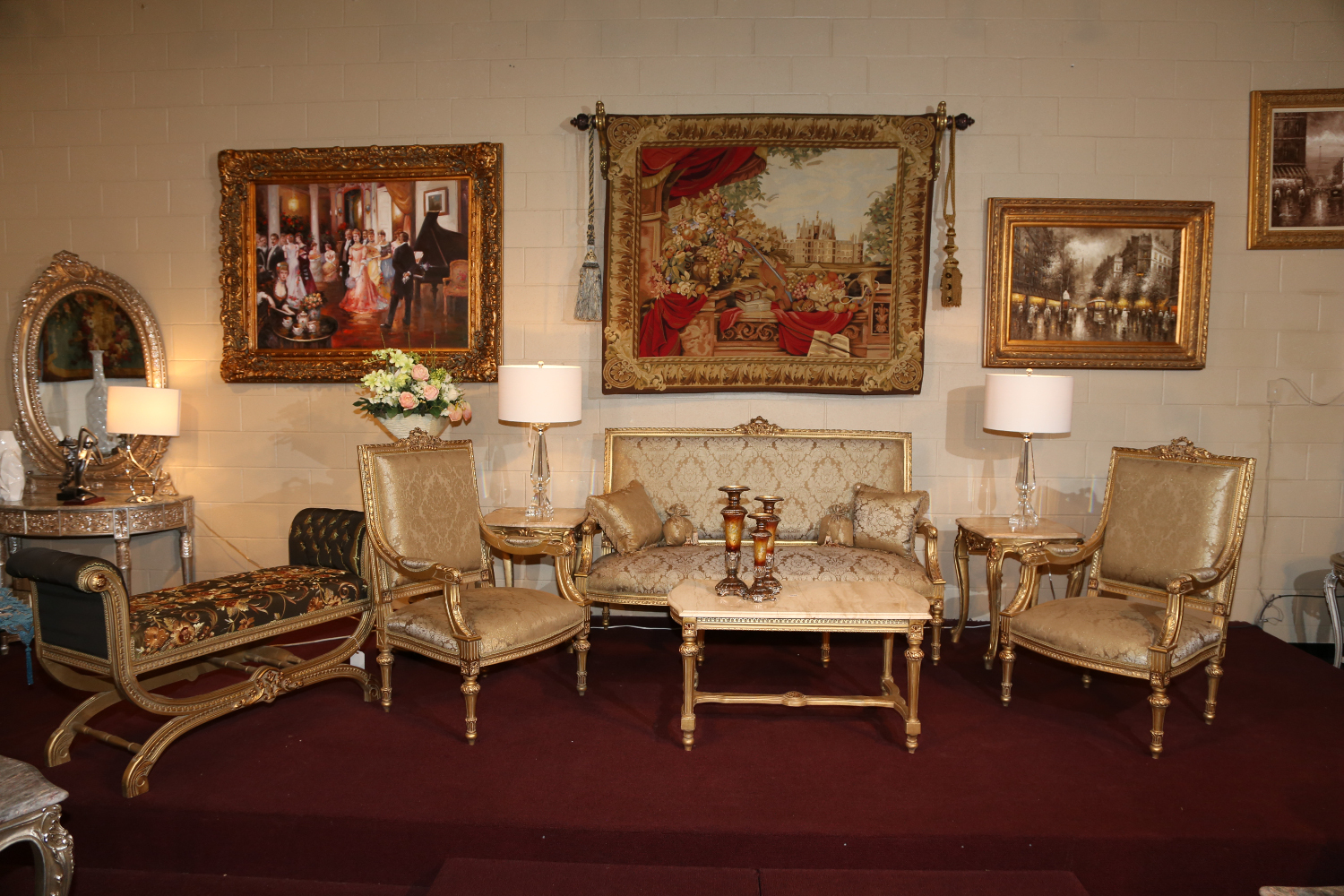 We Have A Wide Variety Of Traditional Living Room Furniture Available For  Show.